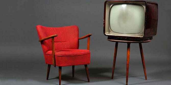 Sillón vintage para mueble de televisión
