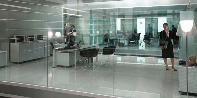 Lámpara Ktribe de Flos aparece en película James Bond - Quantum of solace