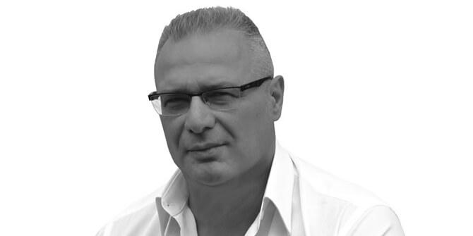 Giuseppe Maurizio Scutella diseñador Pirce