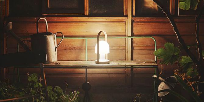 Características lámpara de mesa