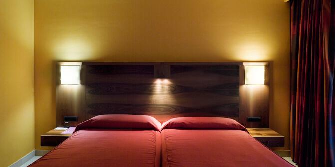 Lámpara para dormitorio de pared dolce