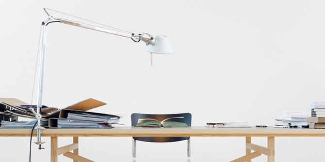 Lámpara de mesa Tolomeo LED de Artemide