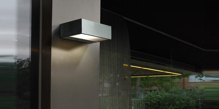 Némesis - Lámpara de pared de solución moderna y diseño