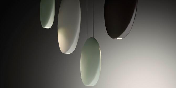 Esferas con volúmenes planos, colección Cosmos