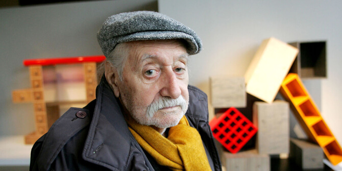 Importante diseñador italiano Ettore Sottsass