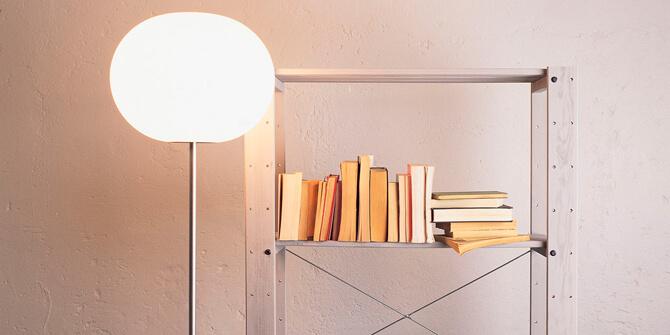 Lámpara de pie GLO-BALL F