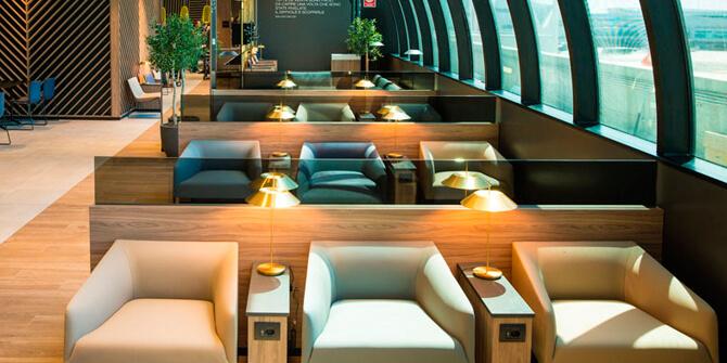 Lámpara Mayfair en sala VIP aeropuerto de Roma
