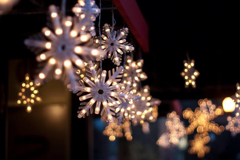 ¿Cómo iluminar nuestro hogar esta Navidad? - ILUTOP