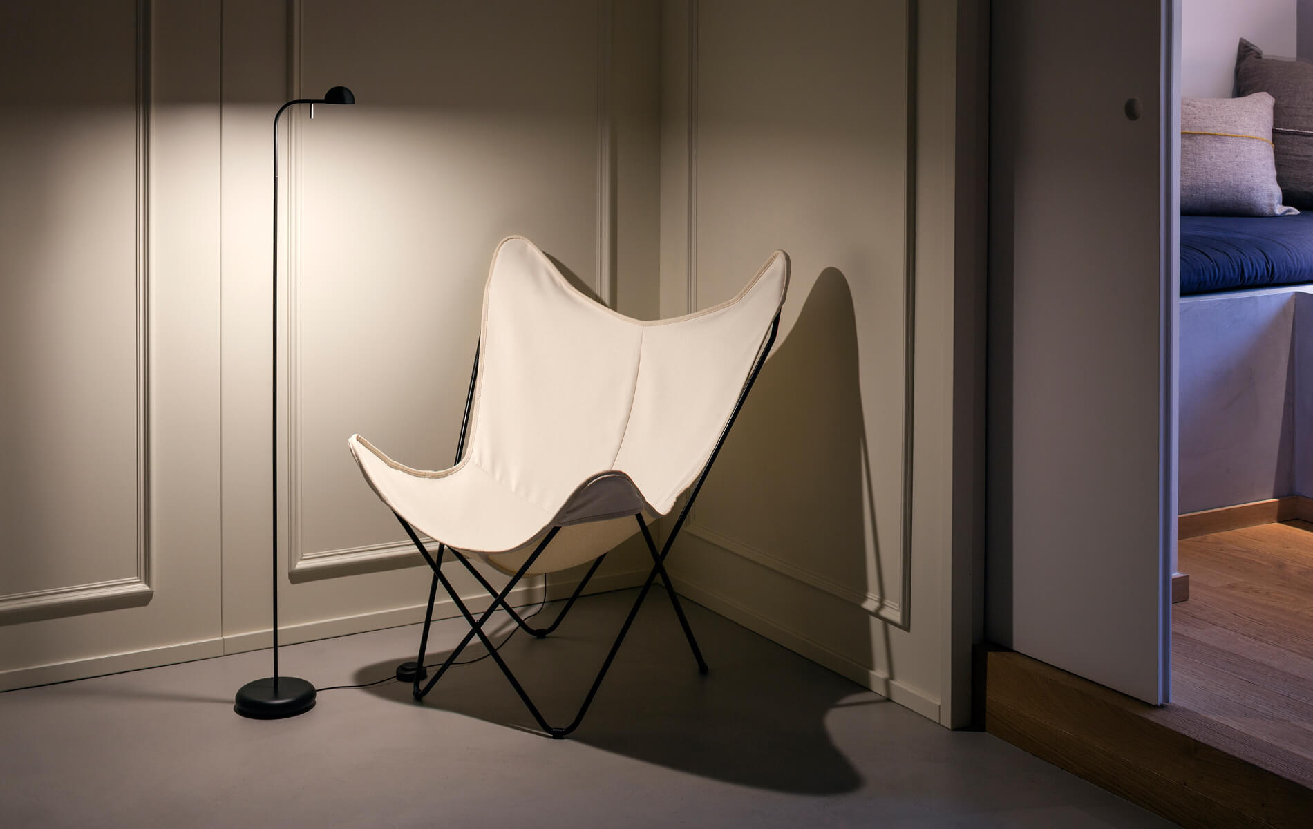More information of Vibia PIN floor lamp