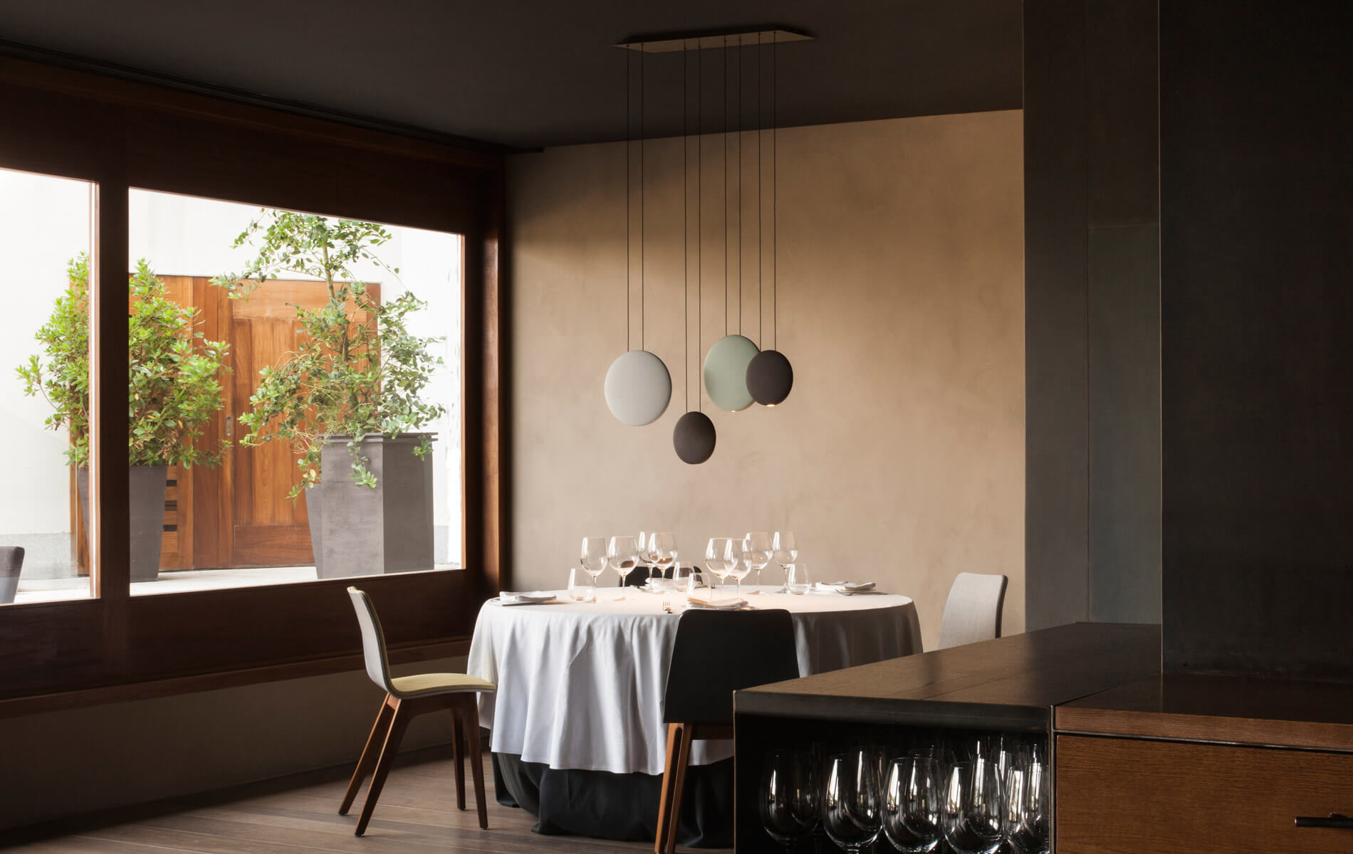 More information of Cosmos 2516 hanging lamp - Vibia