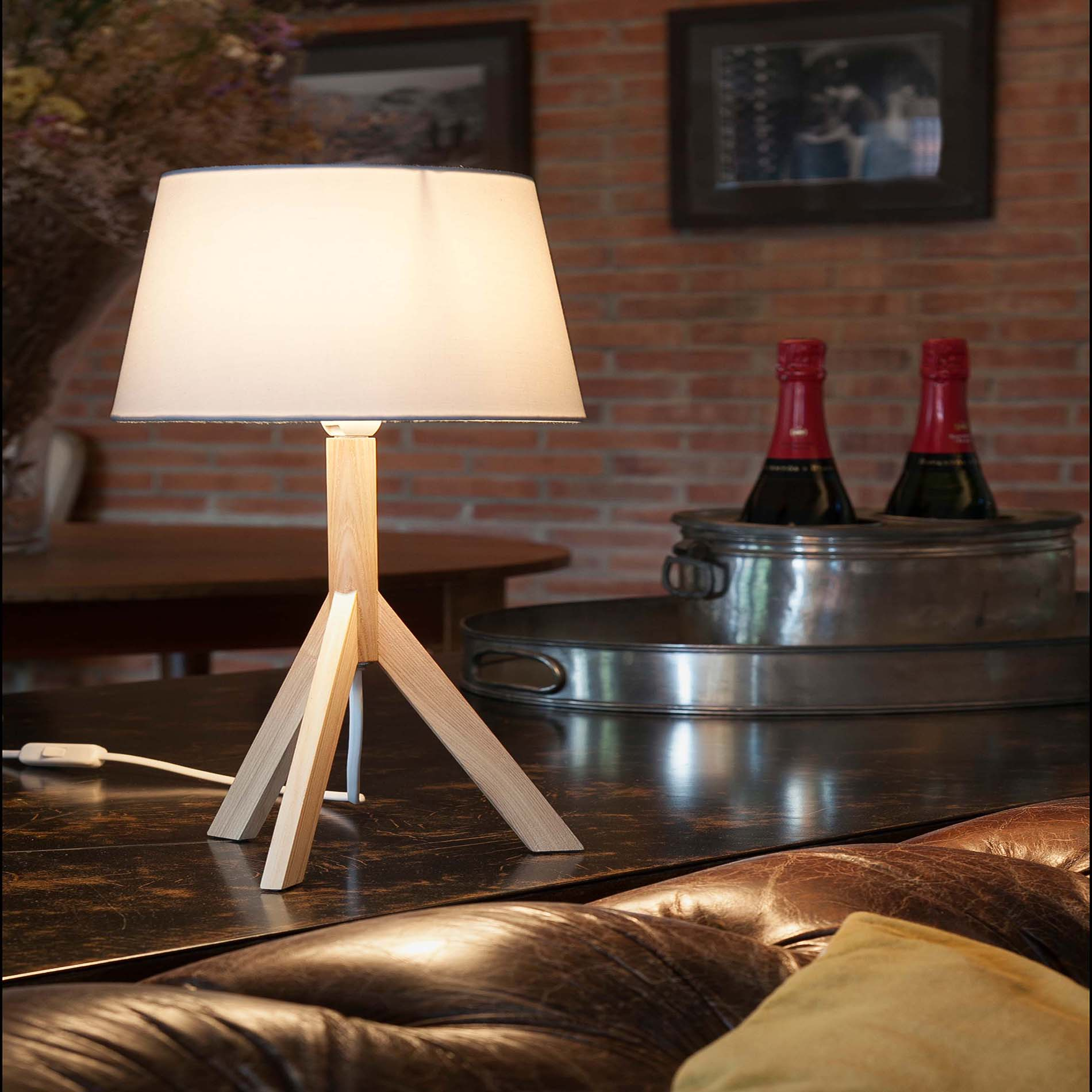More information of HAT table lamp - Faro