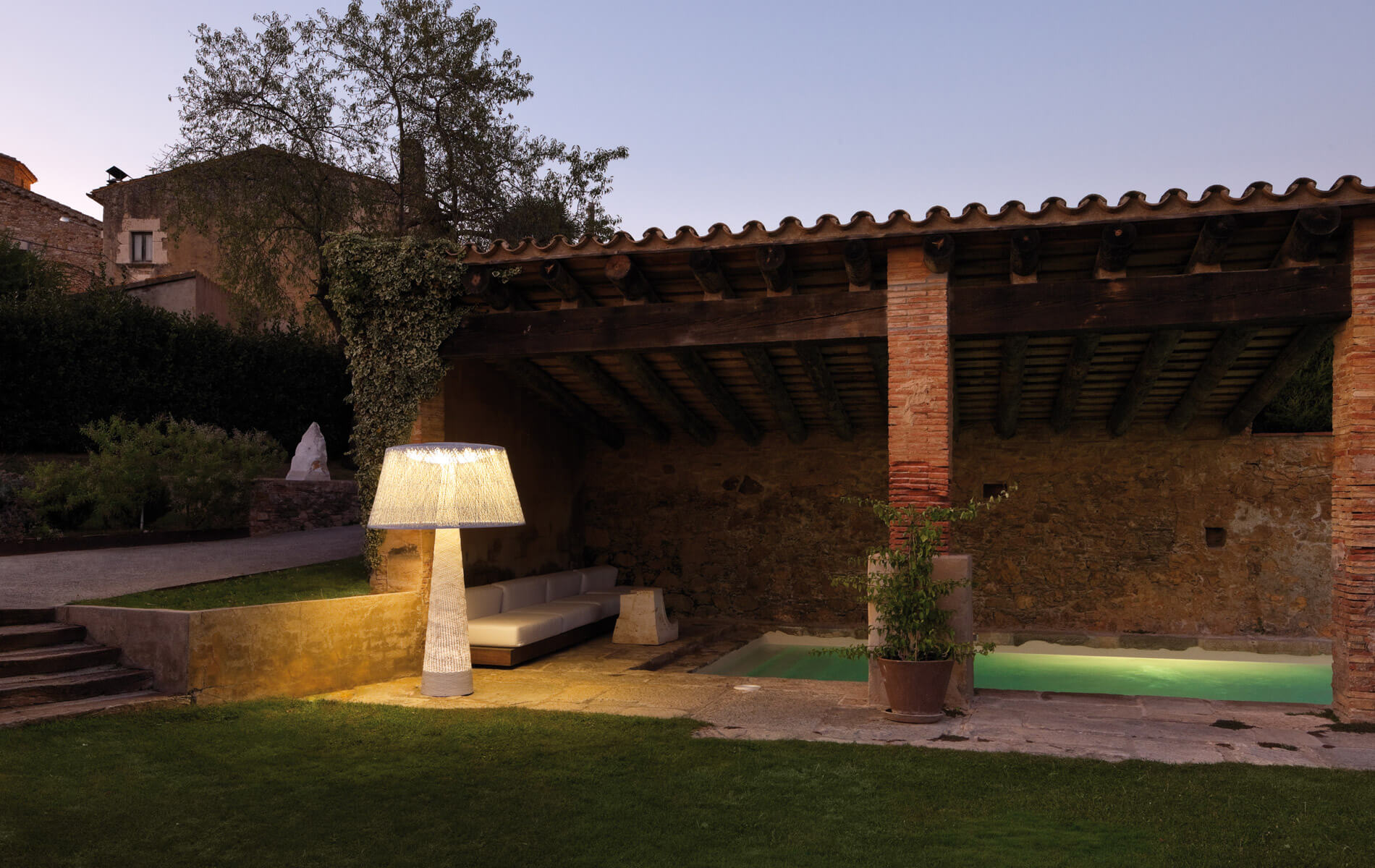 More information of Vibia WIND outdoor floor lamp