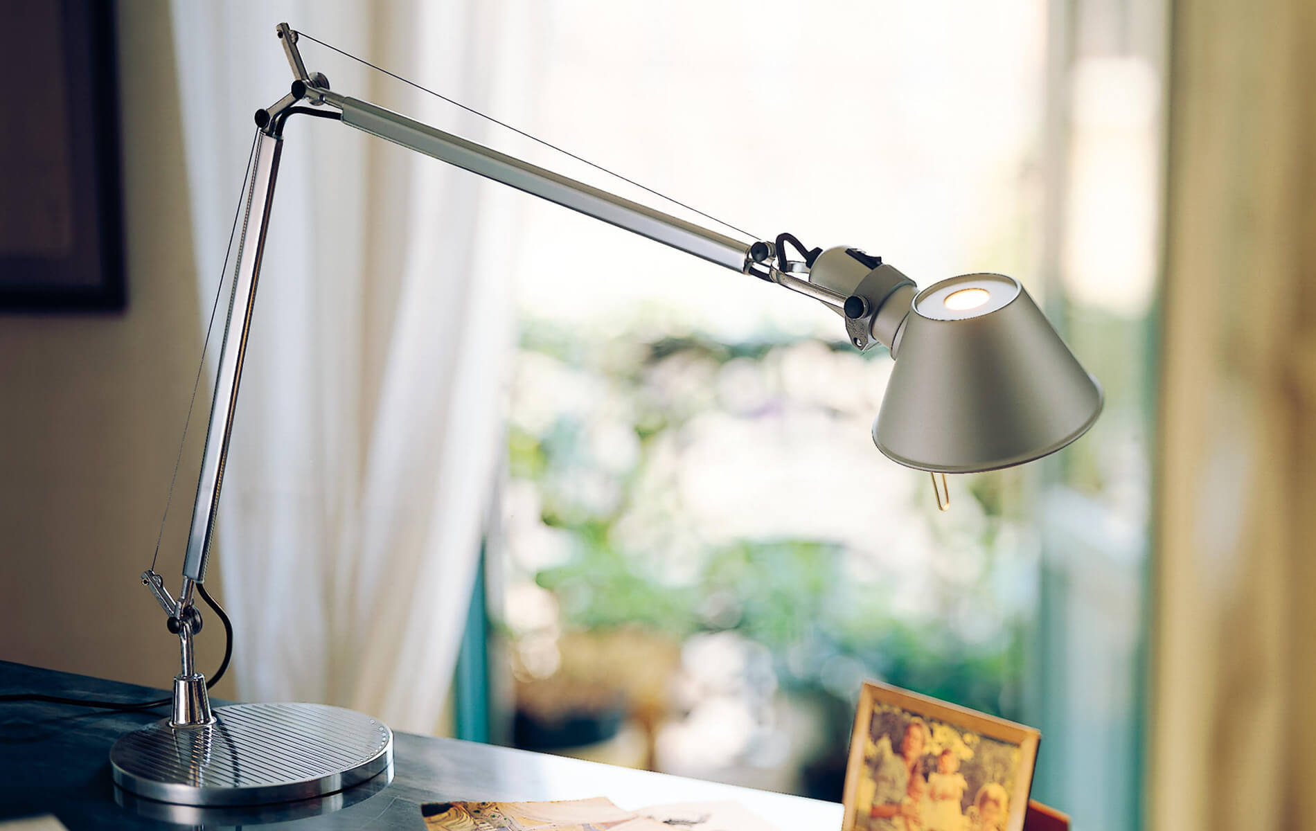 More information of TOLOMEO Artemide table lamp